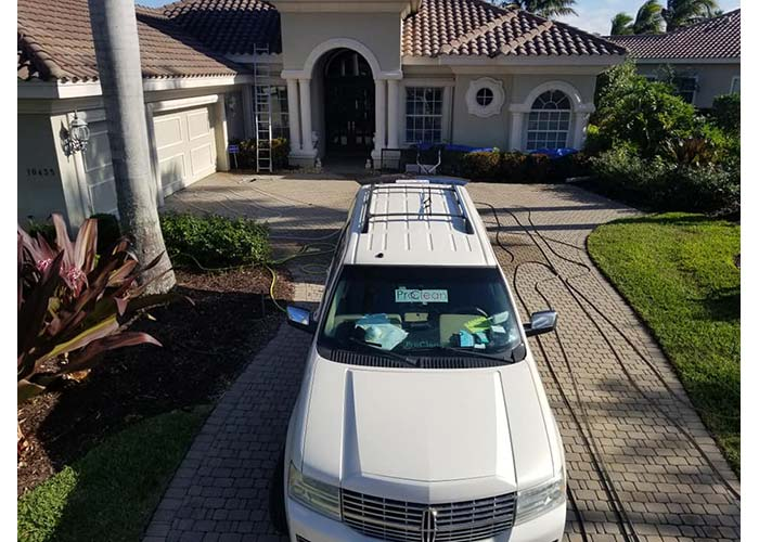 roof cleaning in sarasota FL